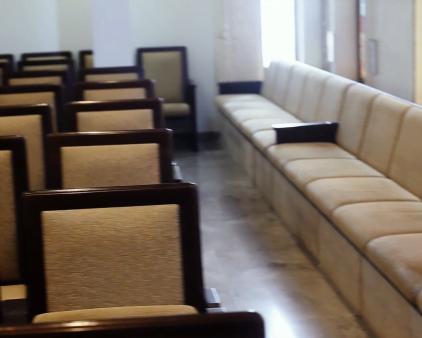 הצצה לבית הכנסת פורת יוסף